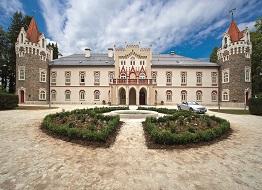 ubytování na romantickém zámku